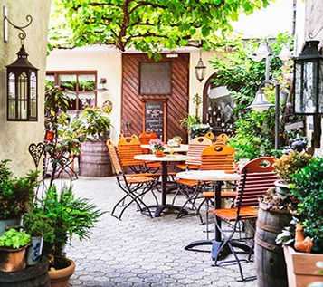 Kavárny a čajovny