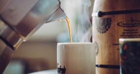 Čerstvá káva není nejlepší, jde o pouhý mýtus